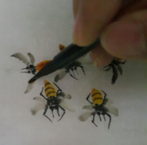 Bees in groups